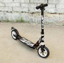 Самокат с надувными колёсами 200 мм Capella Town Rider S204А black