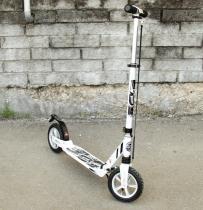Самокат с надувными колёсами 200 мм Capella Town Rider S204А white